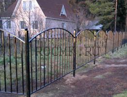 Сварной забор для дачи из штакетника
